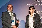 KMP distributor Metin Ekmekci accepting the award in Istanbul (web)