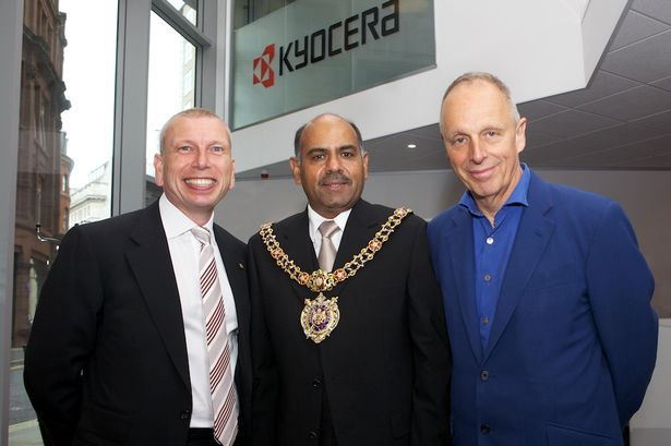 Peter Lunn; Cllr Naeem ul Hassan, Lord Mayor of Manchester; and Simon Woodroffe. Credit Manchester Evenin News.