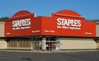 Staples_store web