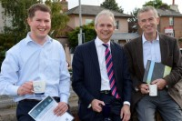David Fitzsimons (right) with Oakdene Hollins employee Edward Sims and Aylesbury MP David Lidington. Credit: The Bucks Herald