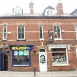 UK Cartridge World store renews lease
